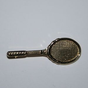 Beautiful gold tennis racket brooch